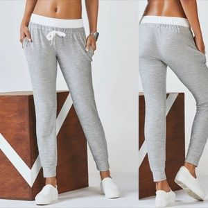 Fabletics Arnae French Terry Joggers Small